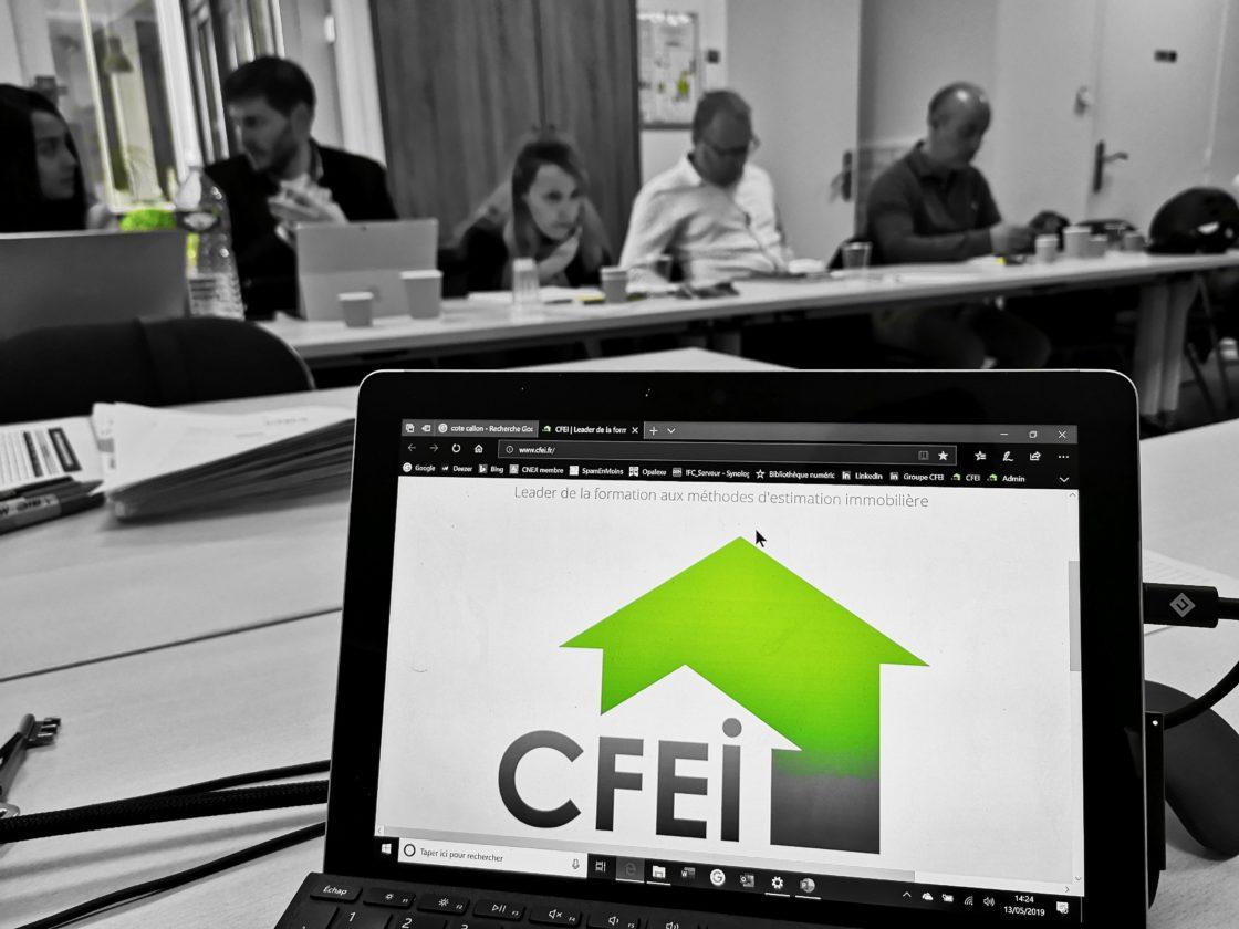 Comment devenir expert immobilier ? : le CFEI propose un parcours complet d'apprentissage des méthodes d'évaluation ainsi que des Master class dédiées à l'approfondissement des connaissances sur des problématiques particulières